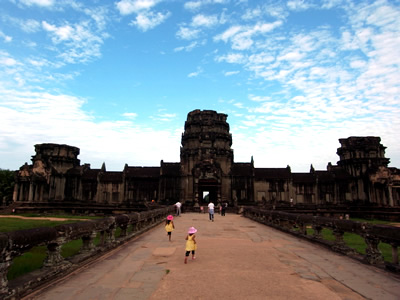 kingdom-of-cambodia01.jpg